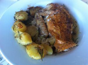 pollo asado a las hierbas con patatas