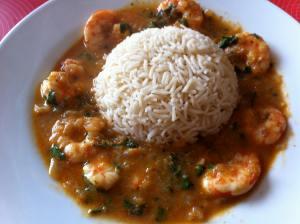 curry tailandés con arroz al jazmín