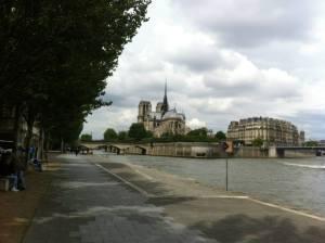 Paseo por el muelle del Sena