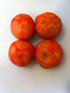 tomates frescos pelados