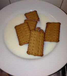 galletas con leche y brandy