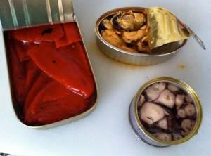 latas pulpo y pimientos