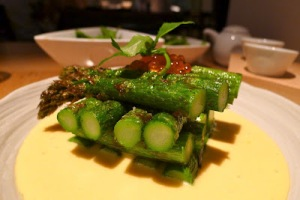 Nobu London Asparagus with Egg Sauce and Salmon Roe_hungryhoss