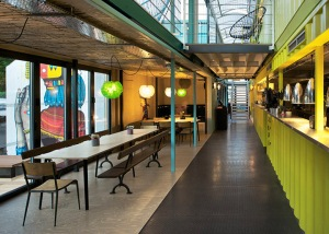 Wahaca-container-restaurant-Softroom-London-02_southbank