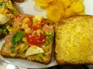 sandwich vegetal con jamon cocido