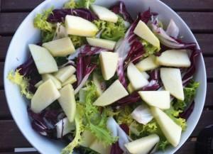 escarola achicoria manzana