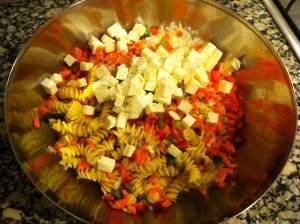 ensalada de pasta in the making