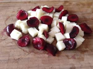 queso con cerezas
