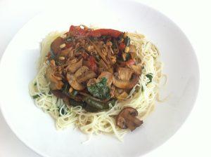 tallarines-asiaticos-con-verduras