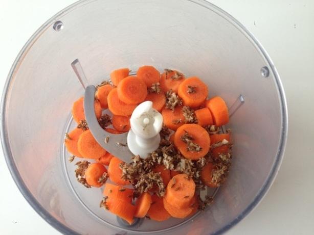 zanahoria cruda y majado